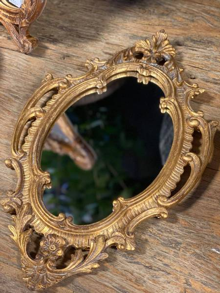 Bilde av Lite speil i gull ornament